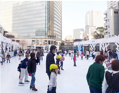東京赤坂サカスのスケートリンクの画像