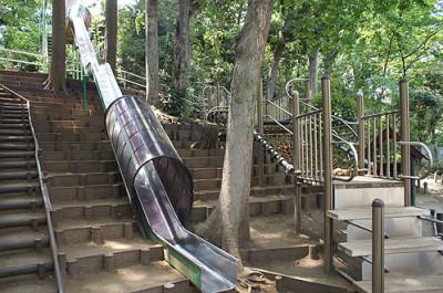 中根公園の滑り台
