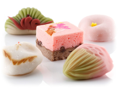 名古屋の和菓子で祝い菓子を頂くのイメージ画像