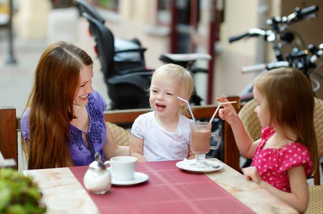 子連れカフェのイメージ画像