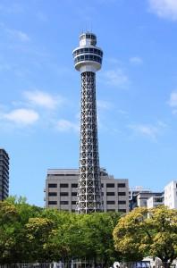 山下公園近くにある横浜マリンタワーの画像