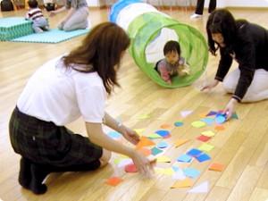 知育とあそびで、心も体もすくすく伸ばせる母と子の幼児教室