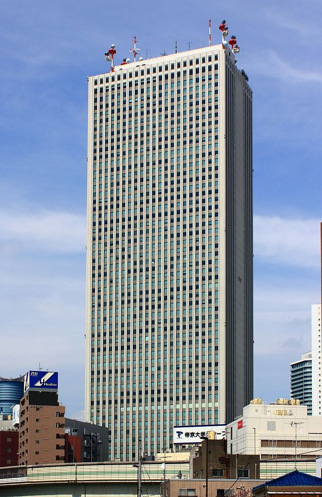 池袋のサンシャインシティにある超高層ビルの画像