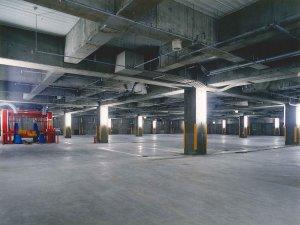 第25ふじやビル新築工事 地階車庫エリア  工事概要:北海道千歳市末広 鉄筋コンクリート造3階建(地上2階、地下1階) 一部鉄骨造 4,677.665㎡
