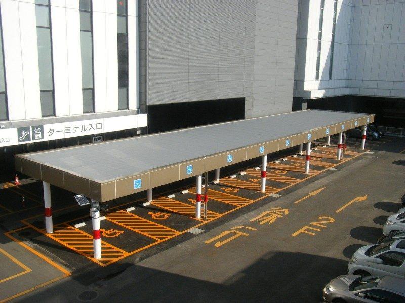 新千歳空港B駐車場庇現状復旧工事 完成風景  工事概要:北海道千歳市美々 新千歳空港B駐車場 庇復旧工事 鉄骨平屋 712.5㎡
