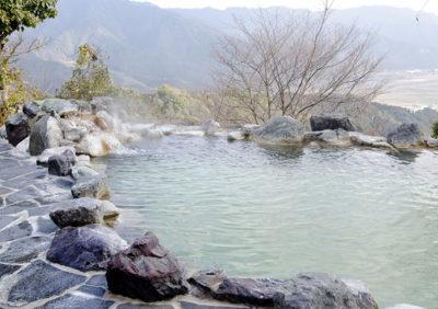 温泉付き合宿免許で旅行気分!疲れも癒やされストレス解消