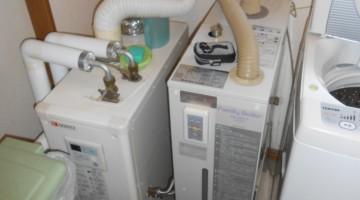 暖房ボイラー・給湯ボイラーの取り換え(千歳市Sさま) - 施工前 | 千歳日成暖房(株)