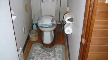 トイレのリフォーム(千歳市Yさま) - 施工前 | 千歳日成暖房(株)