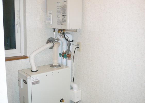 給湯・暖房ボイラーの取り換え(千歳市Sさま) - 施工後 | 千歳日成暖房(株)