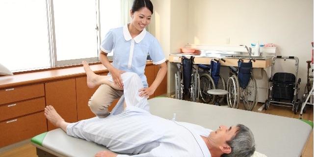 リハビリテーション科で働く看護師の業務内容・体験談【適切な対処が重要】