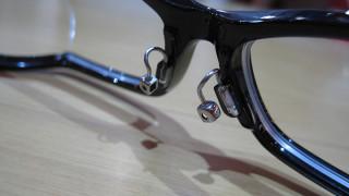 【メガネのお悩み】ピターム加工でずり落ち解消!