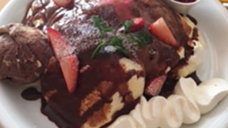 おいしいパンケーキを食べてきました(o^―^o)
