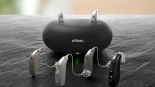 補聴器の電池交換が不要になります!