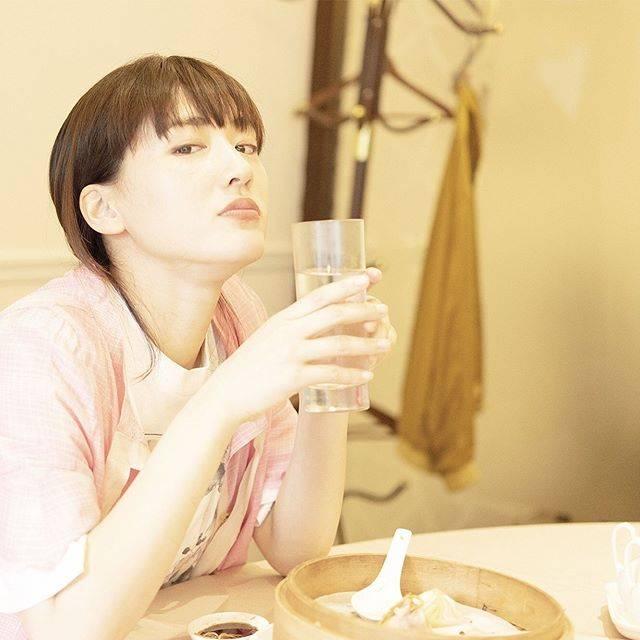 """ハルカノイセカイ on Instagram: """"點水樓 南京店 台北市松山區南京東路四段61號  昨日に引き続き、 #點水樓 での一コマです。 カメラに向かって、ちょっぴりふざけて睨みをきかせてくれてます😂  えー、まだ撮るの?とでも言いたそうな表情ですね。  ちなみに、こちらのカスタード饅がとても美味しいんです。…"""" (614184)"""