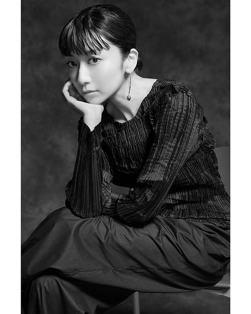 """WATARU YONEDA PHOTOGRAPHY on Instagram: """"Beautiful and amazing singer #mochidakaori @1oto1o for @mcstyle_jp She was so beautiful and nice in person!  You can read full pages of…"""" (623547)"""