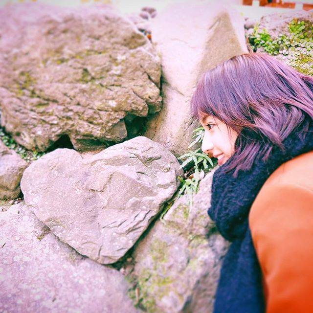 """平 祐奈 Yuna Taira on Instagram: """"今日からお仕事、学校の方☺︎一緒に頑張りましょうね、、!えいえいおー!🐗#ハートの石 #みっけ #お裾分けです#神宮"""" (662960)"""
