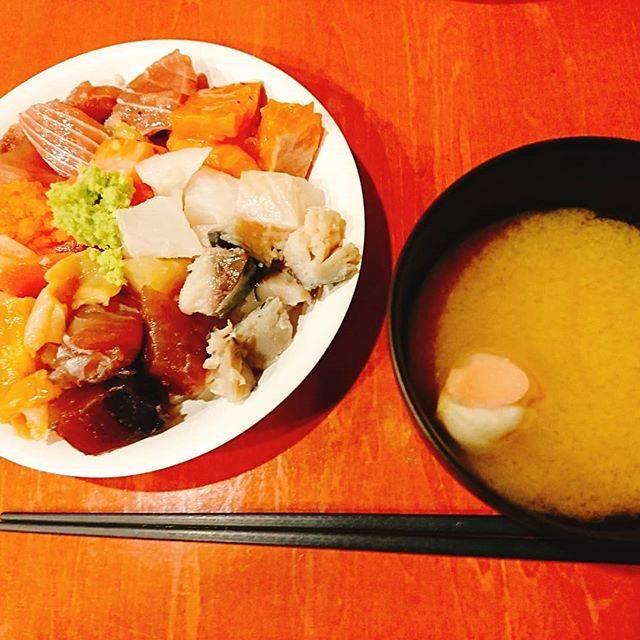 """かみやん on Instagram: """"海鮮バイキング~通常営業でよかった😀#根室食堂"""" (885389)"""