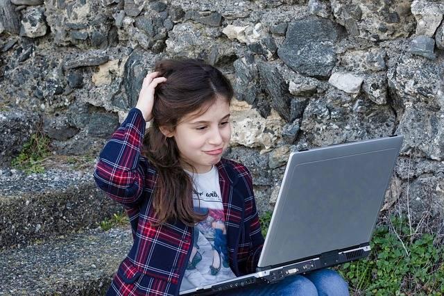 Little Girl Computer Portable · Free photo on Pixabay (23775)