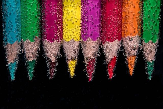 Beaded Colour Pencils Underwater - Free photo on Pixabay (81143)