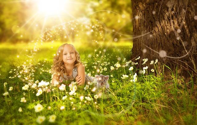 Girl Cute Nature - Free photo on Pixabay (121744)