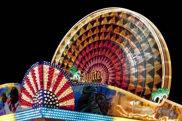 Fair Fairground Ferris Wheel Folk - Free photo on Pixabay (153129)