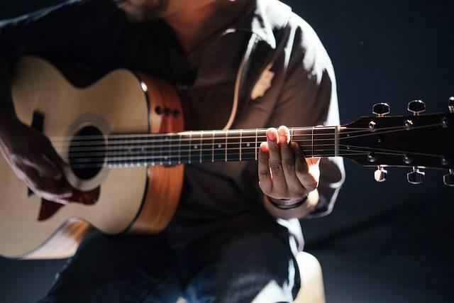 Acoustic Band Guitar - Free photo on Pixabay (160811)