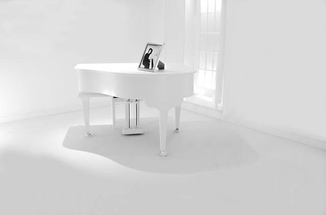 Piano White Classical - Free photo on Pixabay (183923)