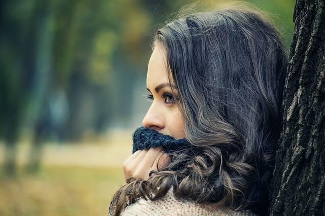 Girl Looking Away Portrait - Free photo on Pixabay (202069)