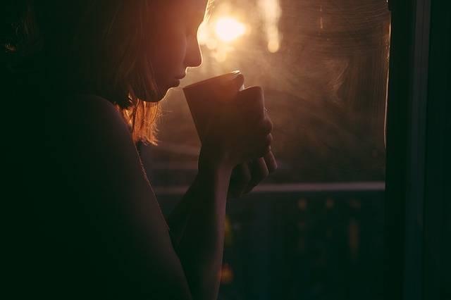 Girl Drinking Tea Coffee - Free photo on Pixabay (208733)