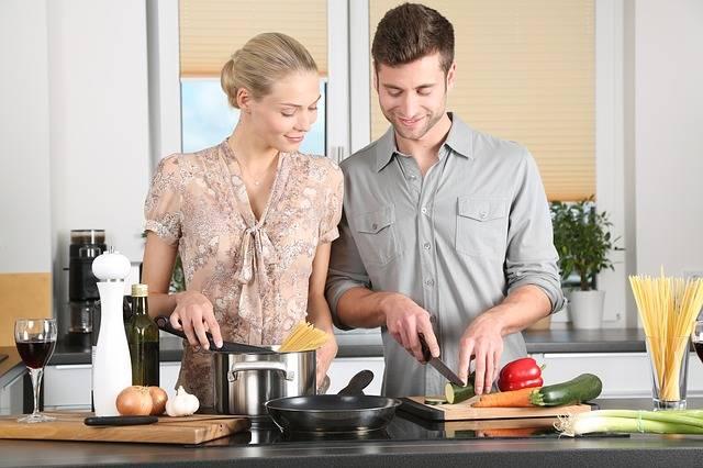 Woman Kitchen Man Everyday - Free photo on Pixabay (221095)