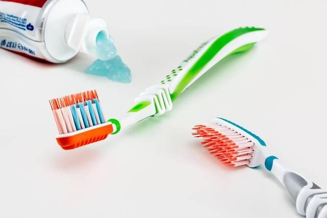 Toothbrush Toothpaste Healthcare - Free photo on Pixabay (228172)