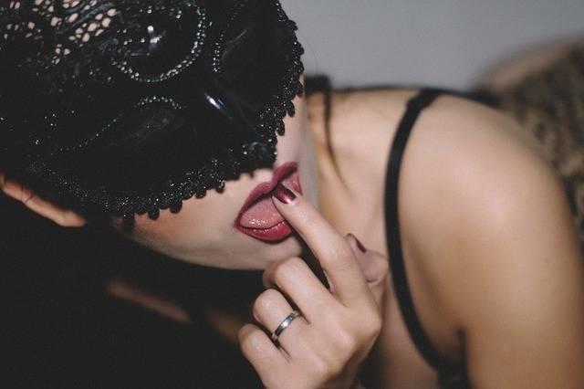 Lick Lips Girl - Free photo on Pixabay (257747)
