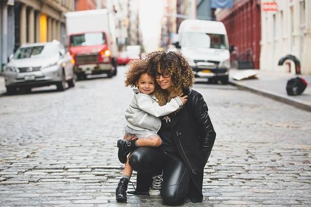 Mom Daughter Woman - Free photo on Pixabay (261752)