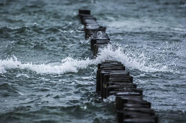 Breakwater Sea Wave - Free photo on Pixabay (270615)