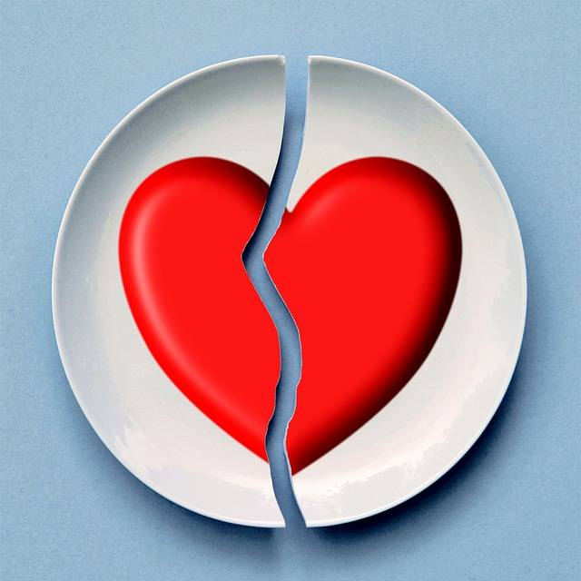 Broken Heart Love - Free image on Pixabay (281428)