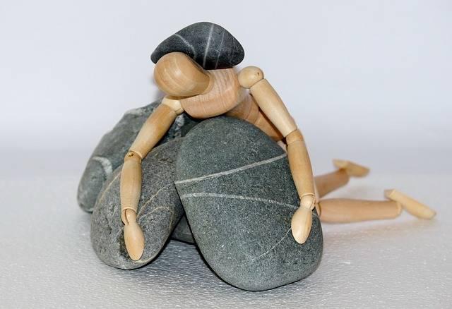 Holzfigur Stones Life Struggle - Free photo on Pixabay (301267)