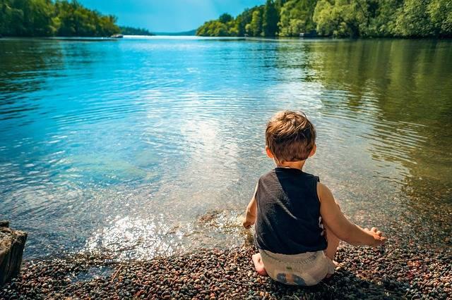 Child Boy Lake - Free photo on Pixabay (304625)