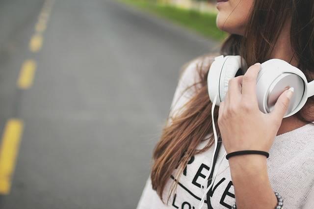 Girl Music Headphones - Free photo on Pixabay (323063)