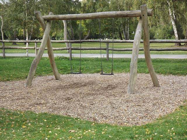 Playground Children Swing - Free photo on Pixabay (330425)