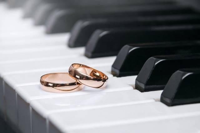 Wedding Rings Love - Free photo on Pixabay (343053)