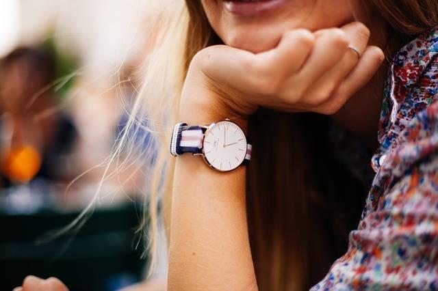 Watch Timepiece Woman - Free photo on Pixabay (358154)