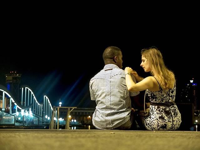 Barcelona Night Couple - Free photo on Pixabay (358791)