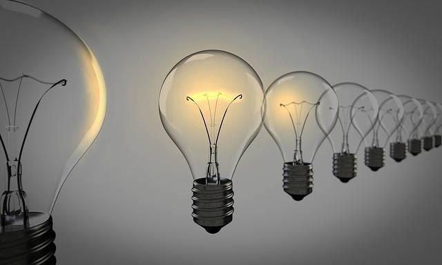Light Bulbs Chosen Bulb - Free photo on Pixabay (361620)