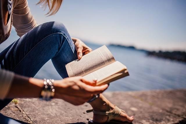Reading Book Girl - Free photo on Pixabay (368508)