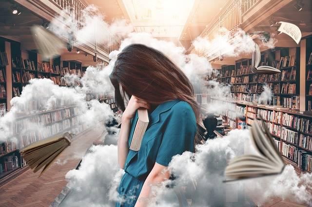 Woman Library Books - Free photo on Pixabay (371097)