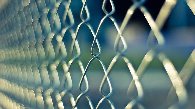 Chainlink Fence Metal - Free photo on Pixabay (373361)