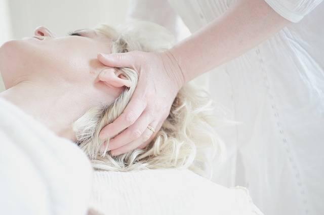 Head Massage Treatment - Free photo on Pixabay (378377)