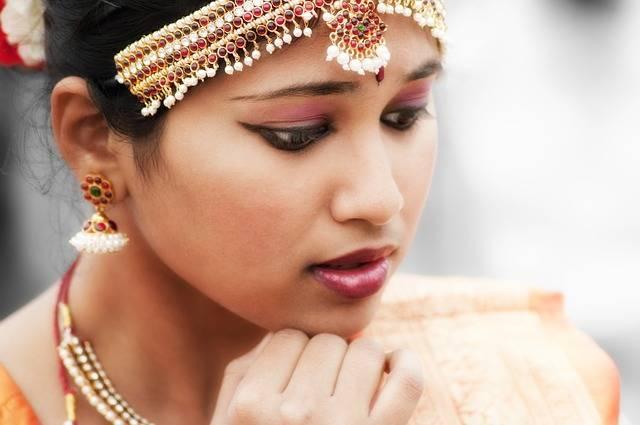 Indian Woman Dancer - Free photo on Pixabay (380476)