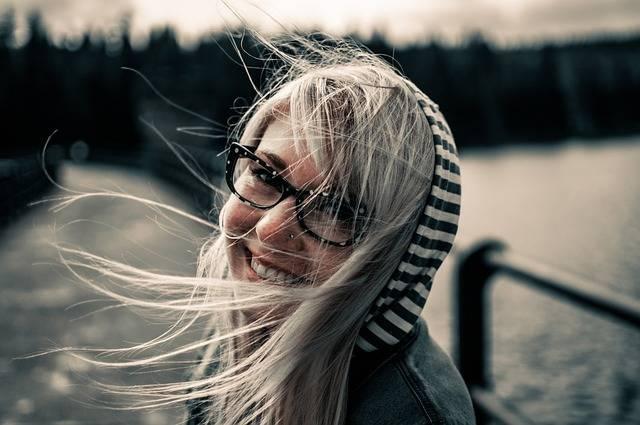 Girl Smiling Female - Free photo on Pixabay (382629)