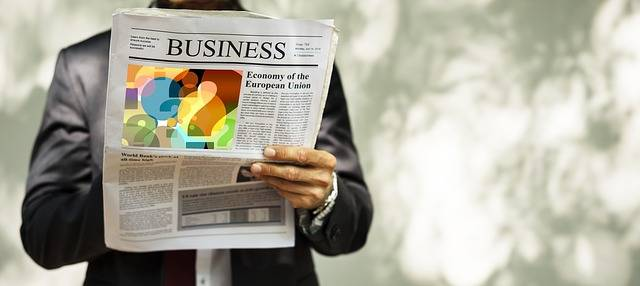 Businessman Newspaper Read - Free image on Pixabay (384510)